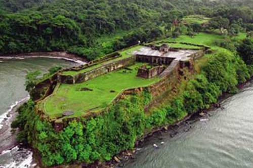 The Pirate Trail: Gatun Locks & Fort San Lorenzo-799